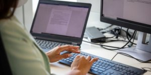 How to add page numbers to a Microsoft Word document header or footer on a PC or Mac